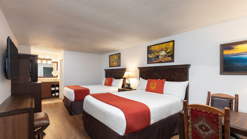 Accommodation Option -traditional-queen-guestroom