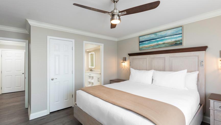 Bedroom in One Bedroom Lake View Villa | Westgate Branson Lakes Resort