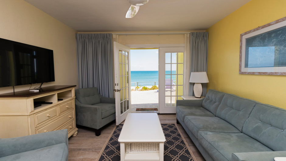 Living Area with ocean views in the Hawksbill Suite - Sea View Inn