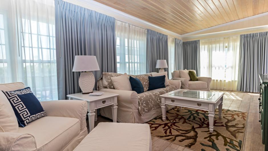 Living Room in the Ocean Suite - Sea View Inn