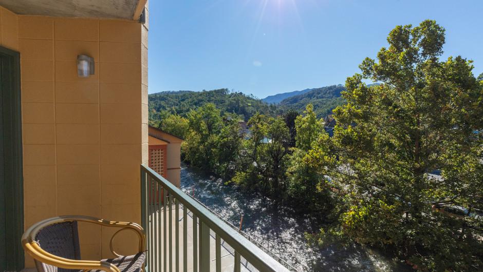 Balcony in River View Signature King Loft | River Terrace Resort