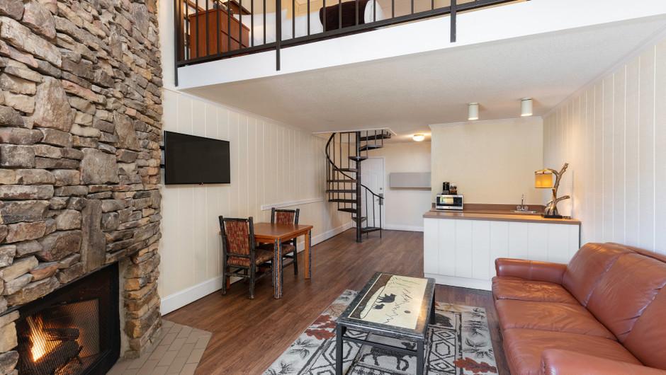 Living Area in River View Signature King Loft | River Terrace Resort