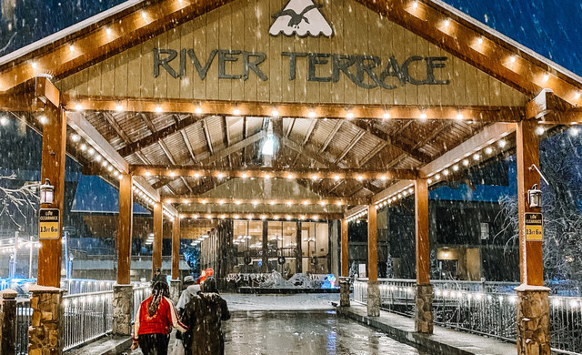 Entrance to River Terrace Resort