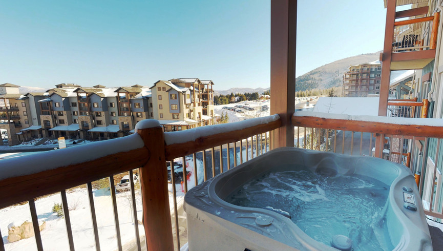 Hot Tub on Balcony of 4 bedroom loft | Westgate Park City Resort