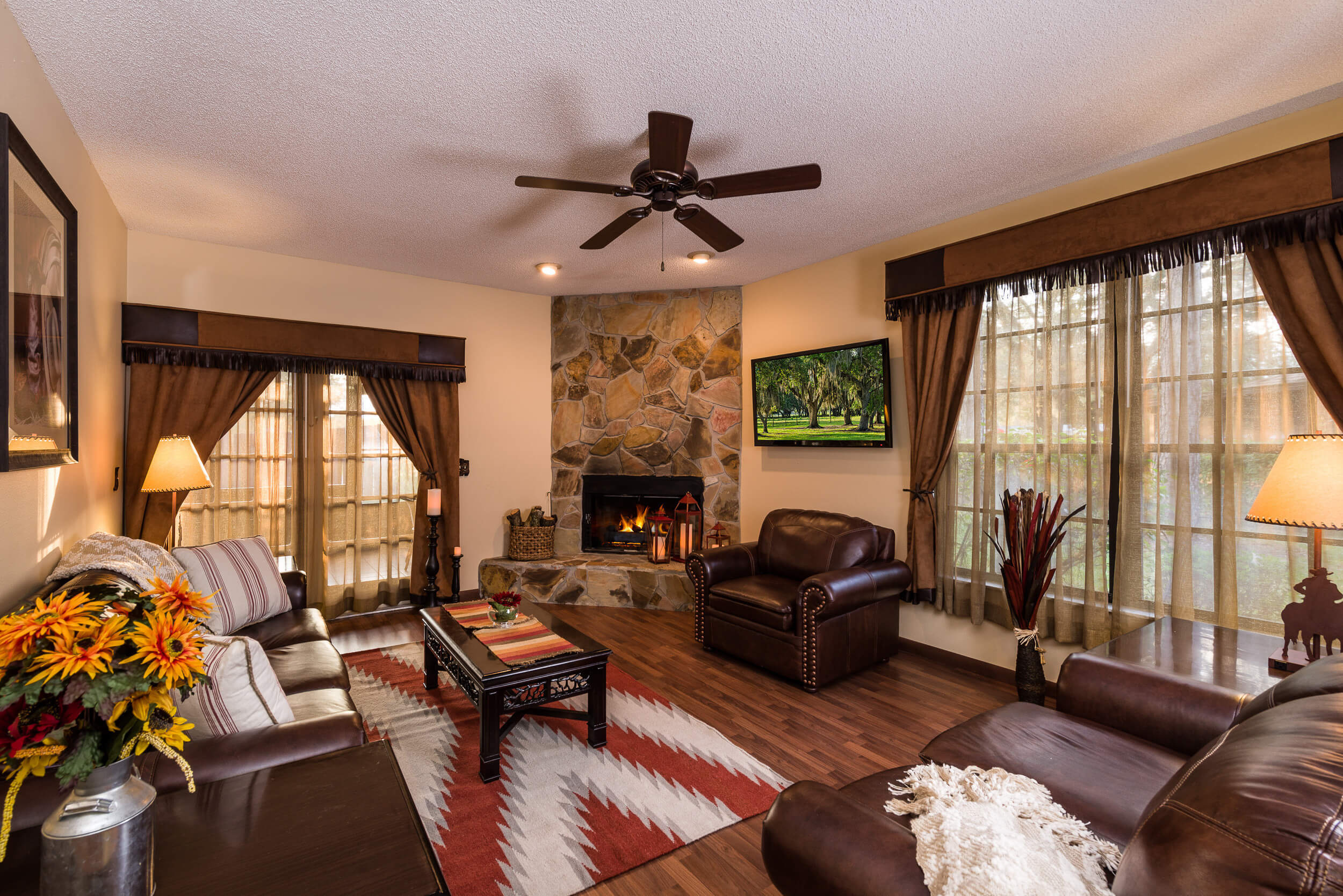 Living room in two-bedroom cottage - Westgate River Ranch
