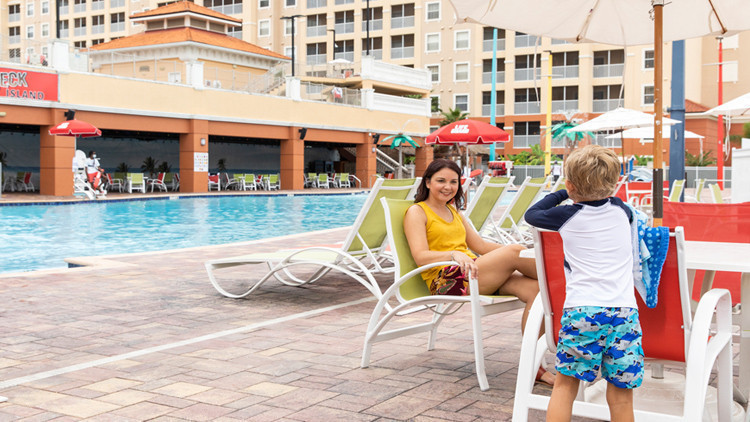 Spacious Westgate Resorts Poolside