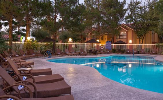 Discount Hotel Room Rates at a Las Vegas Resort Hotel  | Westgate Flamingo Bay Resort