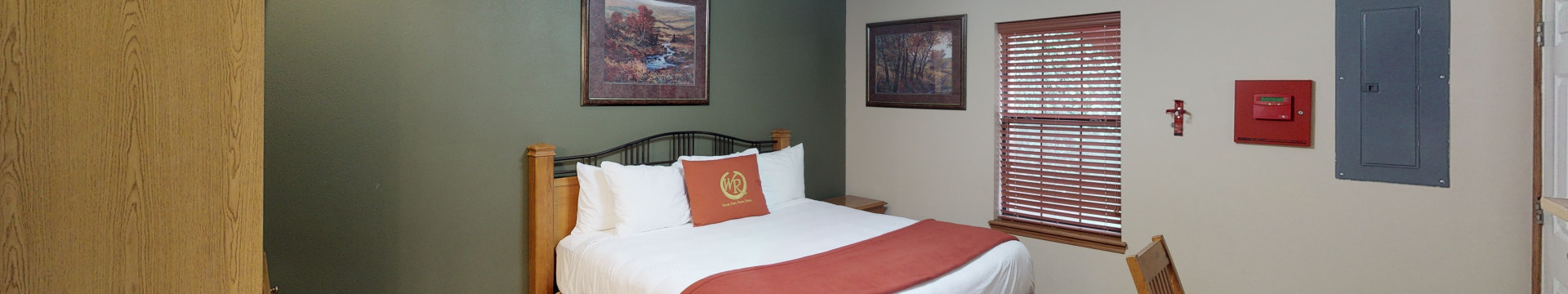Studio Villas at our Branson Hotel near Roark Valley Road | Accommodations Suites