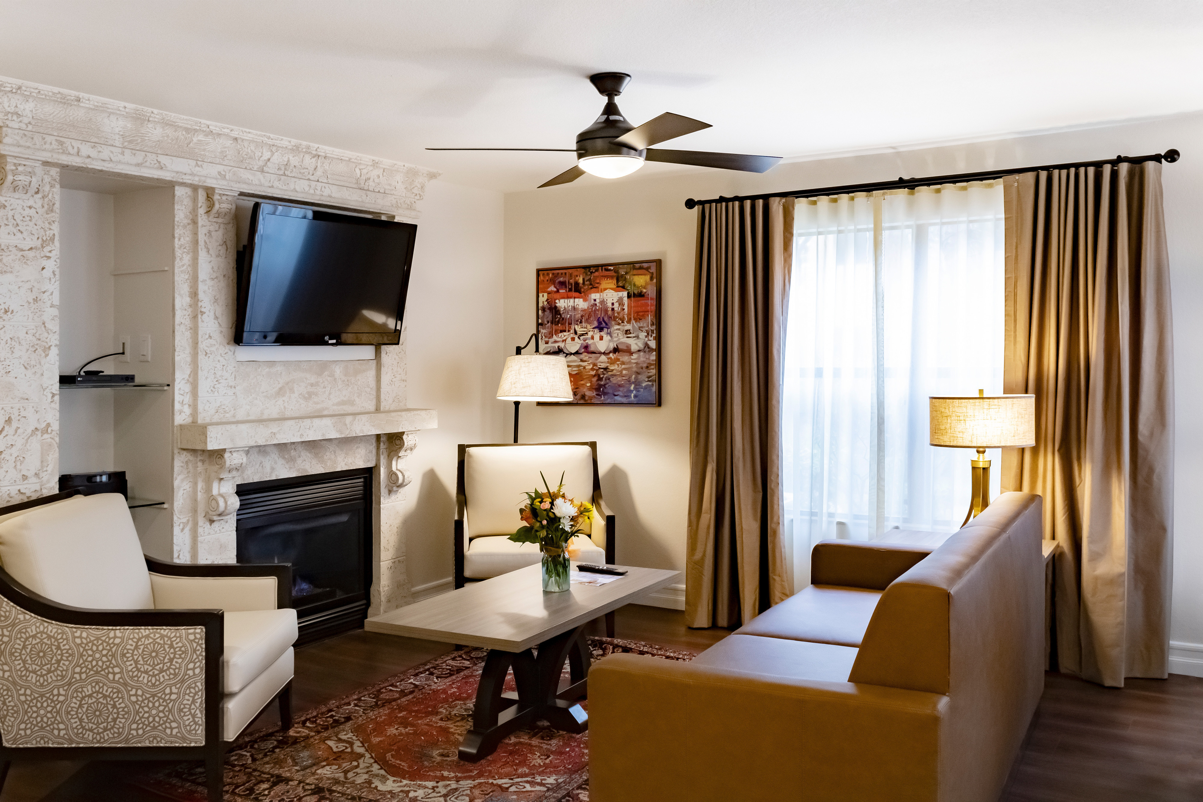 Looking for a perfect Las Vegas Vacation Getaway? The spacious One-Bedroom Deluxe Villa at Westgate Flamingo Bay Resort creates the ideal setting for an incredible Las Vegas vacation getaway.