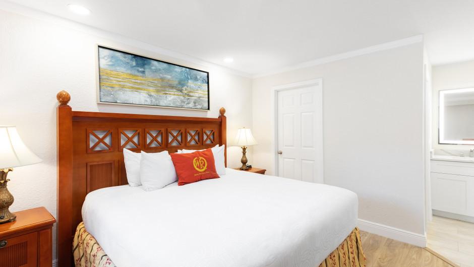 Bed in Two-Bedroom Deluxe Villa | Westgate Blue Tree Resort | Westgate Resorts Orlando
