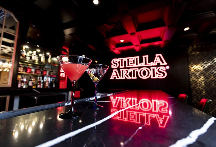 NYC Stella Artois Bar at Tudor City Tavern   Westgate New York Grand Central