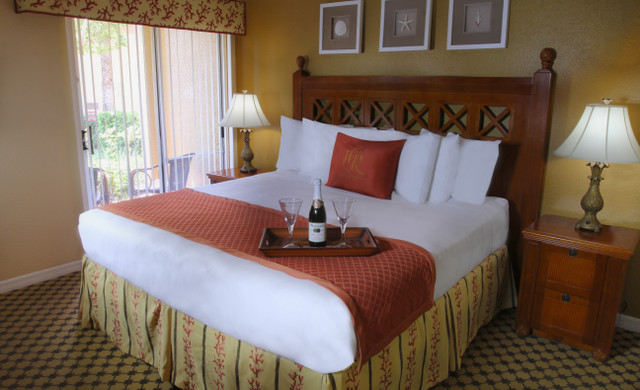 Lake Buena Vista resort near Orlando's theme parks | Accommodations Suites