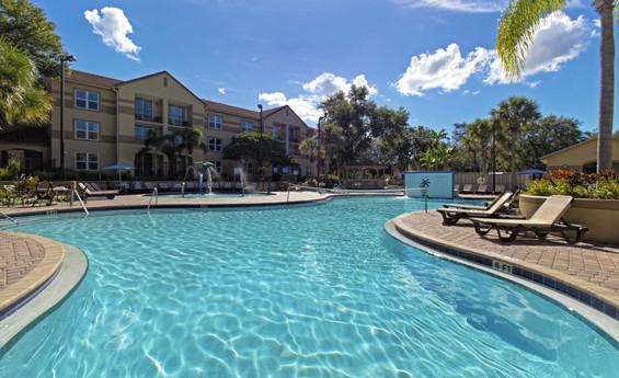 Discount Hotel Room Rates at an Lake Buena Vista FL Resort Hotel | Westgate Blue Tree Resort