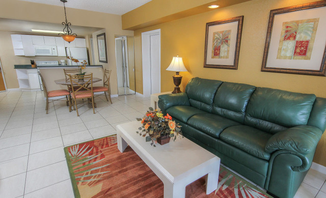 Suite at Kissimmee hotel near Disney's Blizzard Beach and Hollywood Studios | Westgate Towers Resort in Kissimmee, Florida