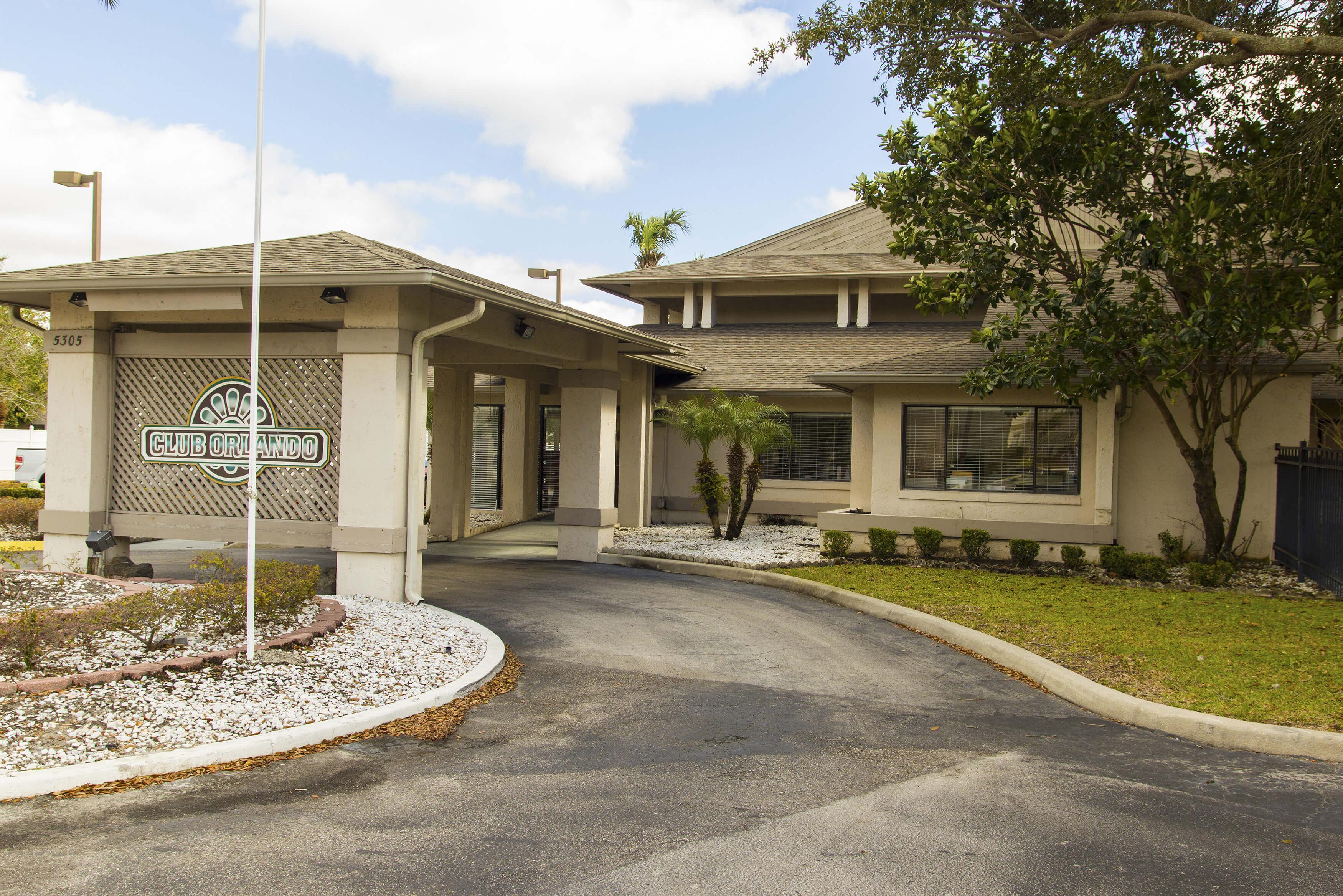Club Orlando entrance for guest check in | Westgate Resorts in Orlando FL