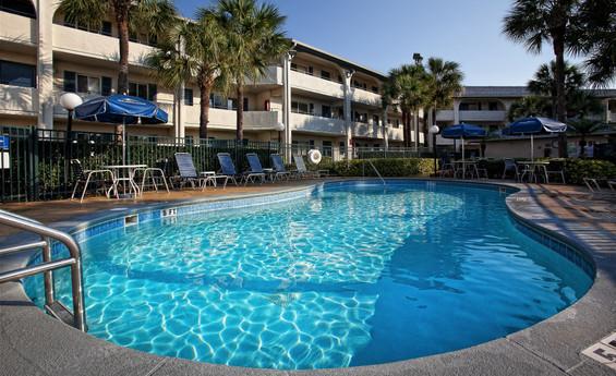Discount Hotel Room Rates at an Orlando FL Resort Hotel | Westgate Leisure Resort