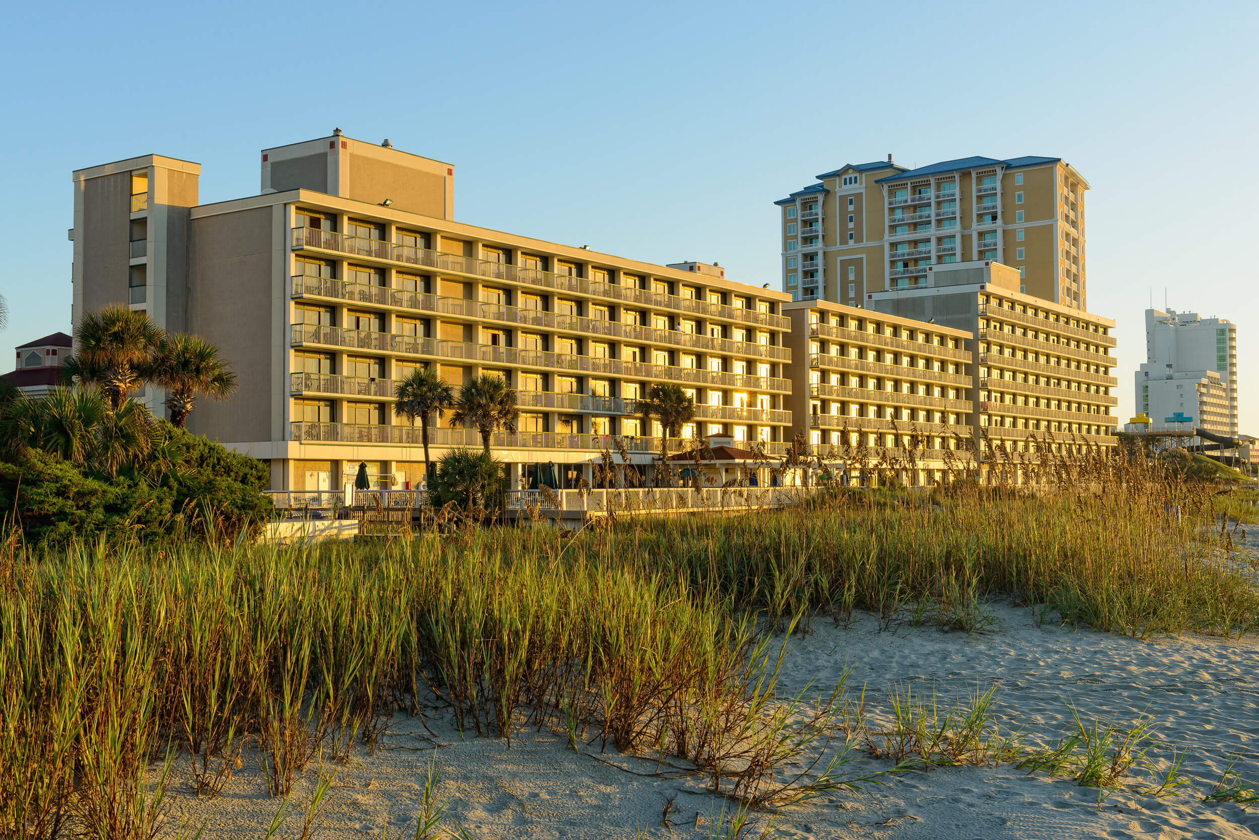 Exterior of Myrtle Beach resort on Grand Strand | Westgate Myrtle Beach Oceanfront Resort
