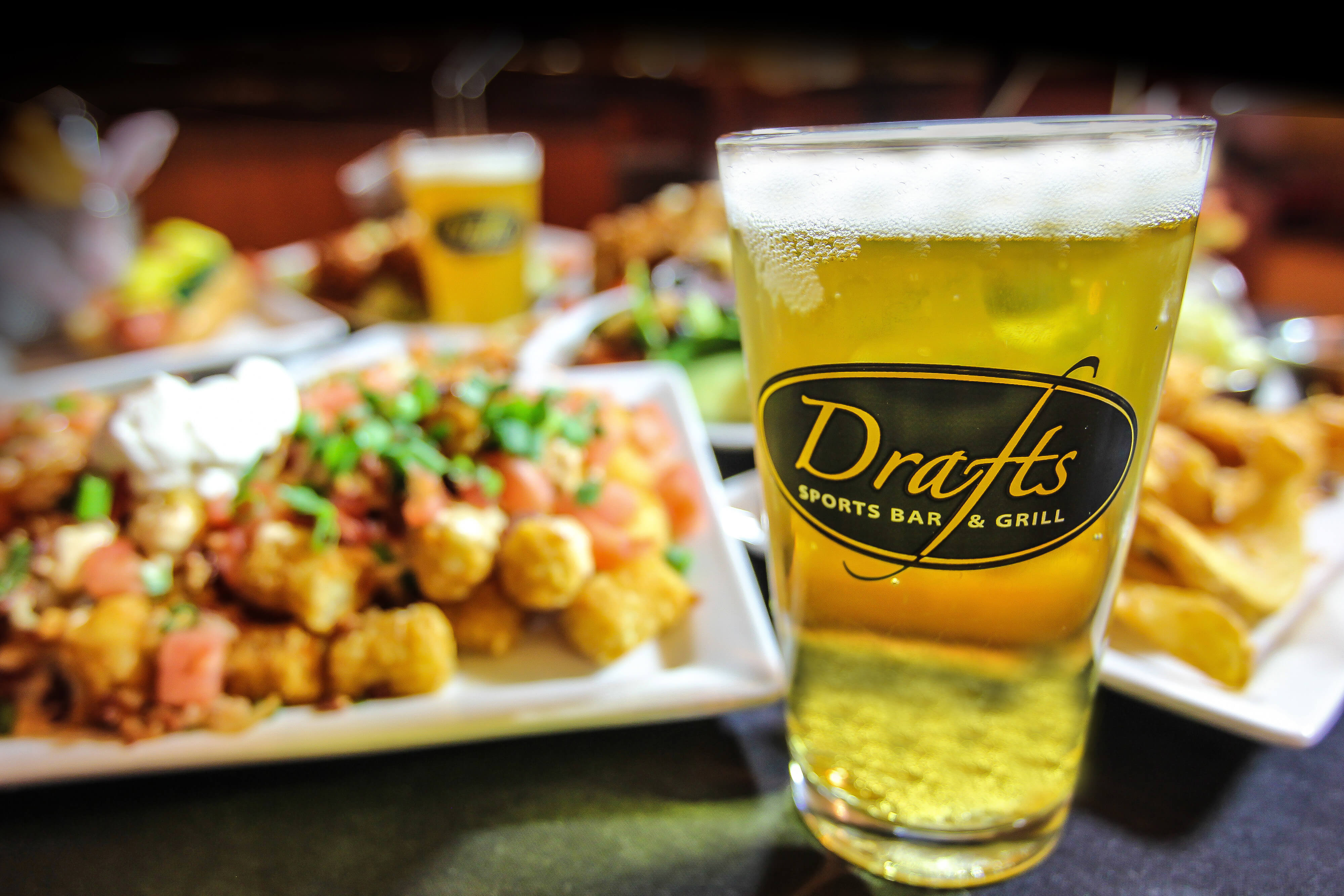 Drafts Express On International Drive | 15 Restaurants on International Drive Orlando You Have to Try