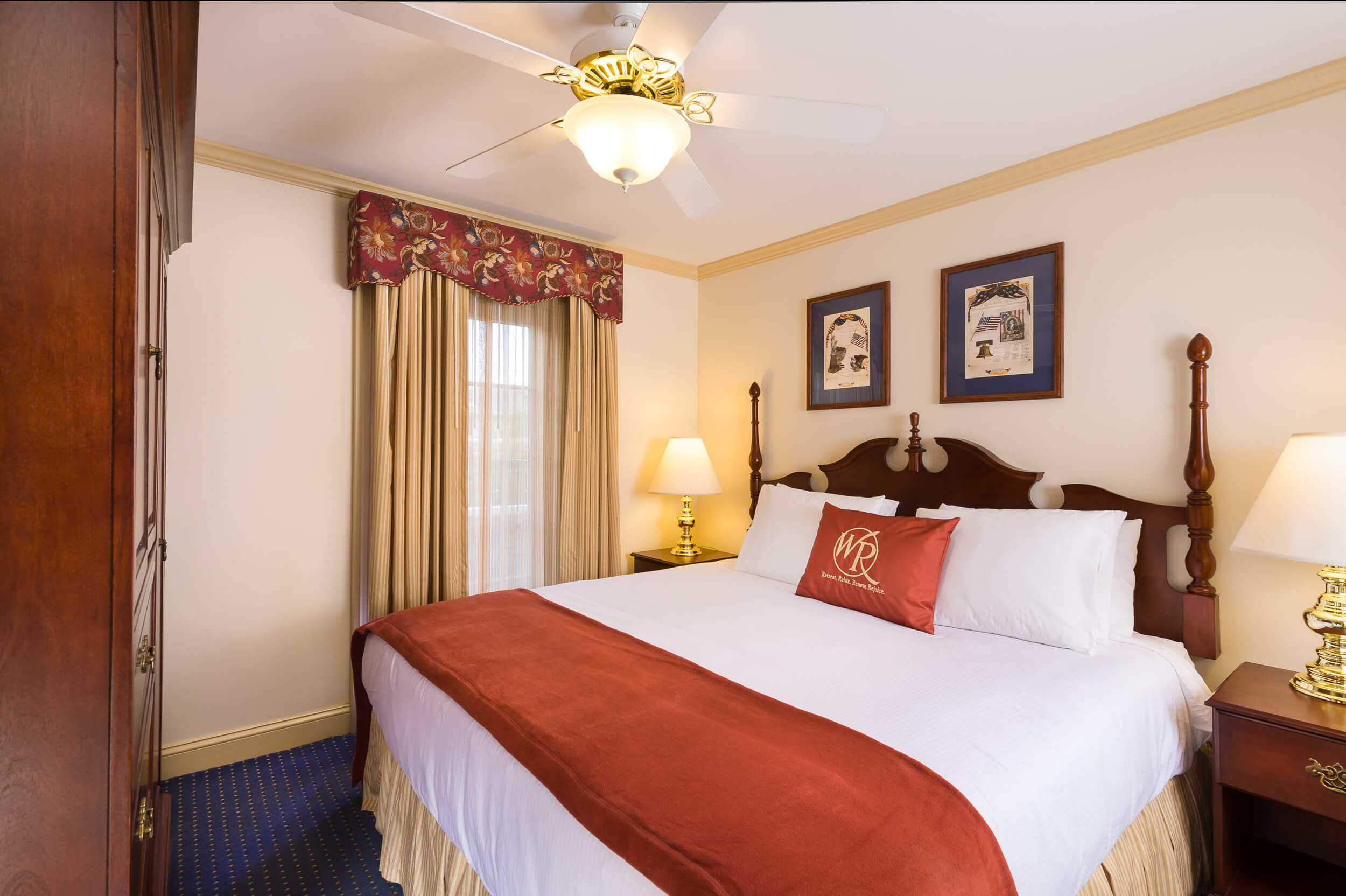King Bed in One-Bedroom Villa | Westgate Historic Williamsburg Resort