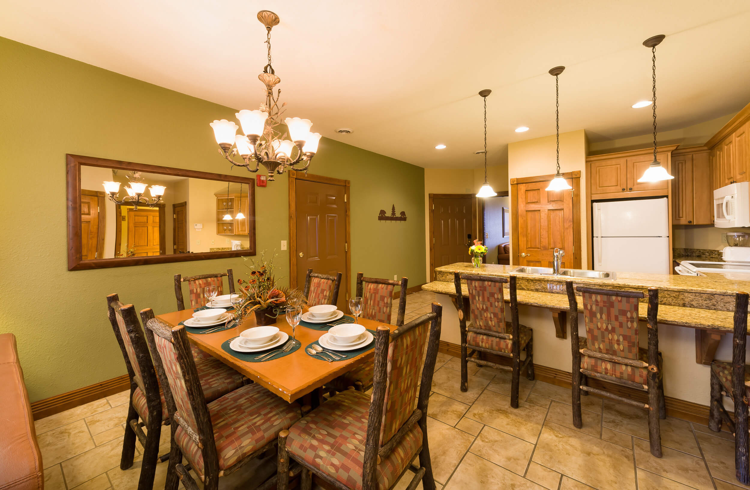 Dining Area and Full Kitchen in Spacious Villa | Westgate Smoky Mountain Resort & Spa