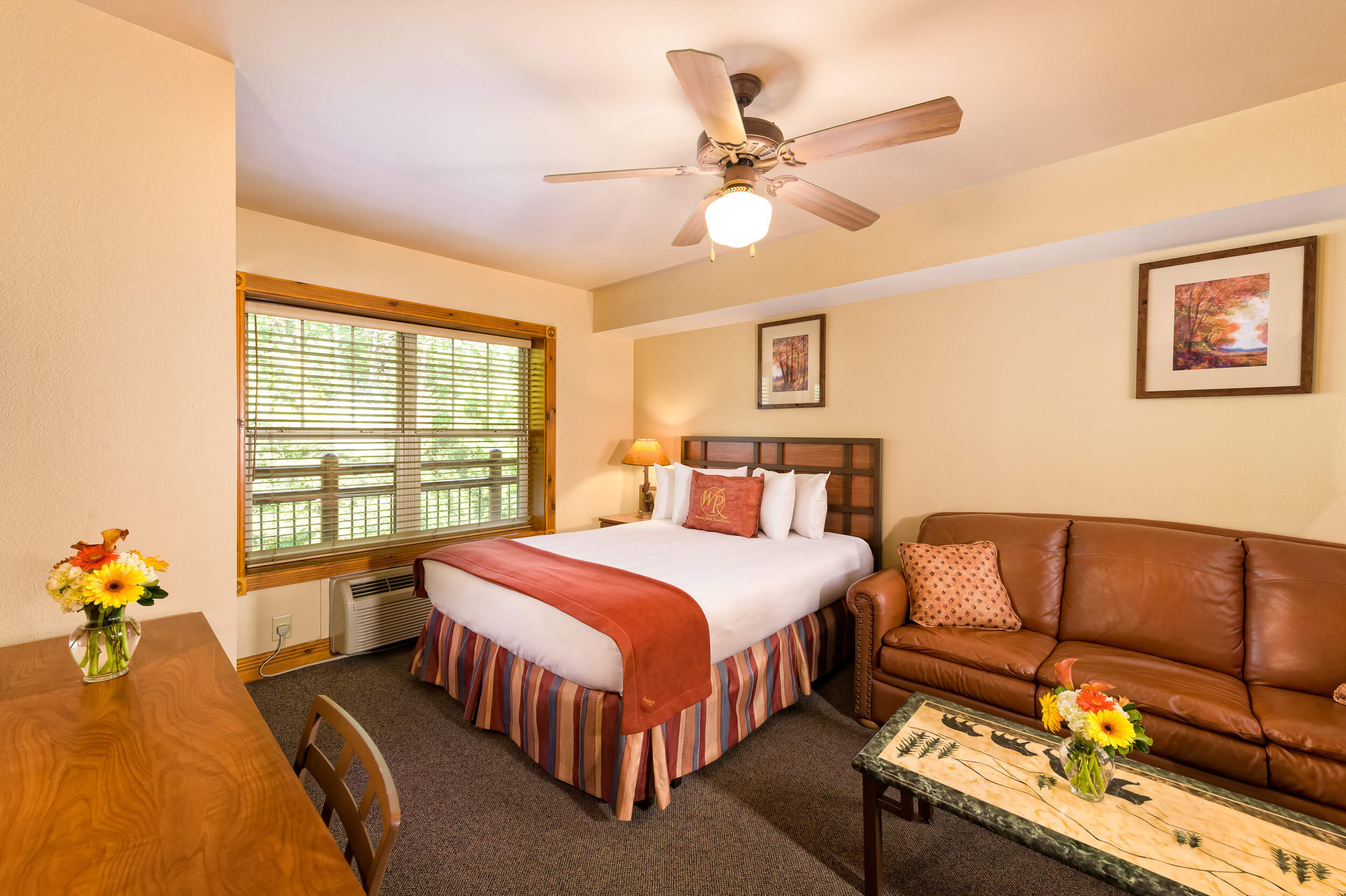 Queen Bed in Studio Villa | Westgate Smoky Mountain Resort & Spa