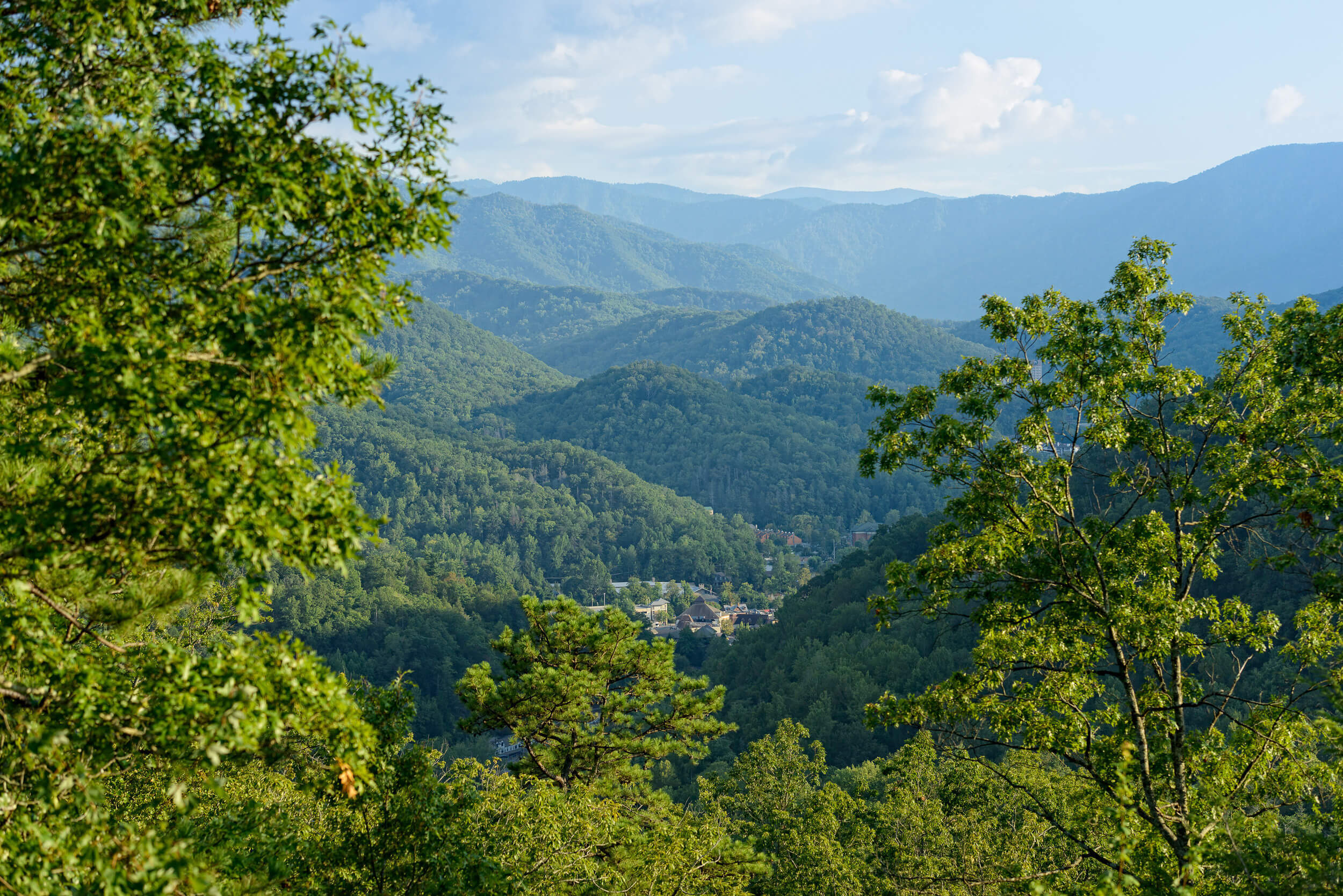 Top 10 Things to Do in Gatlinburg near the Smoky Mountains | Breathtaking Views
