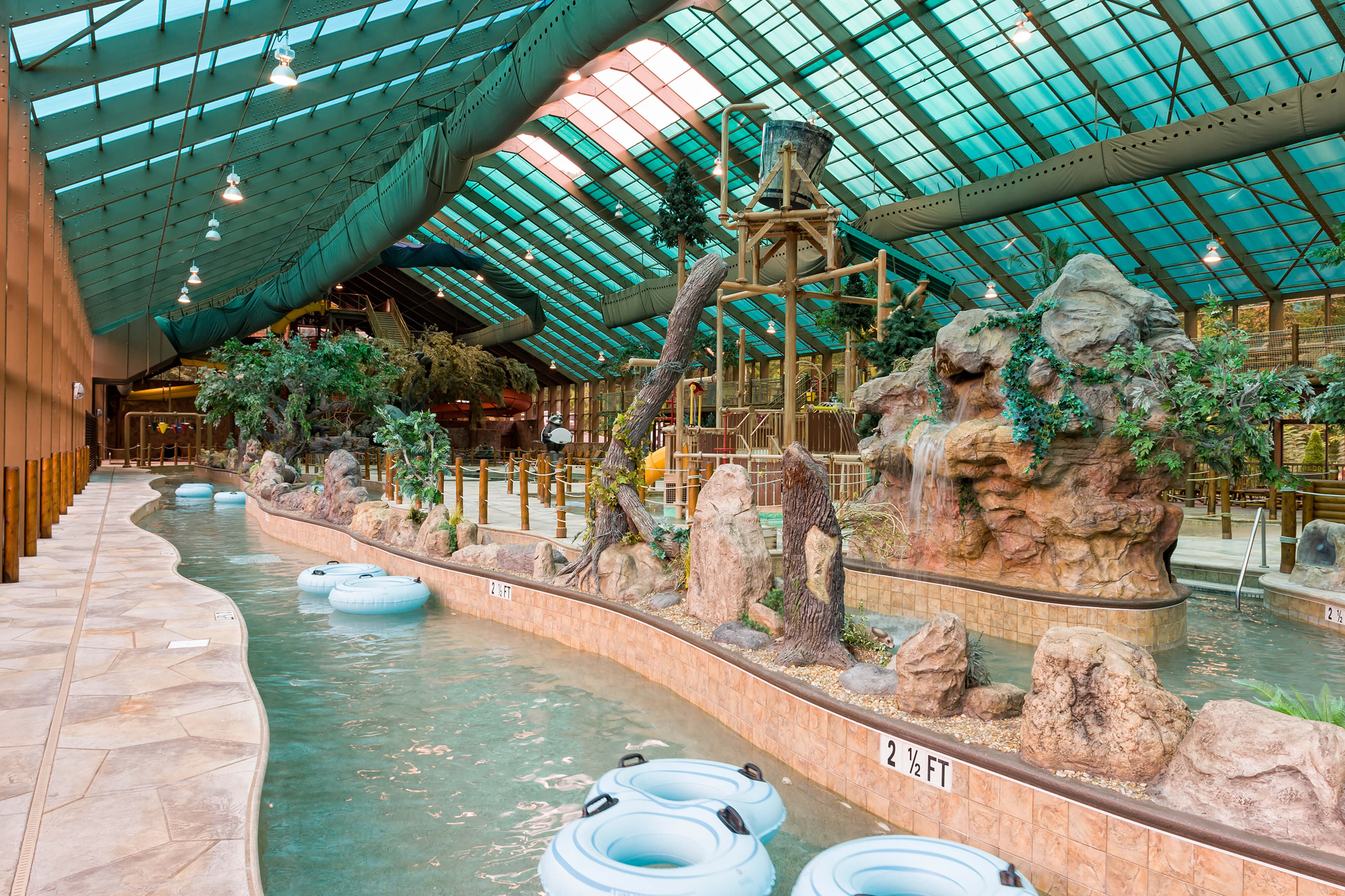 Wild Bear Falls Waterparks in TN | Indoor Water Park Resorts | Westgate Smoky Mountain Resort & Spa