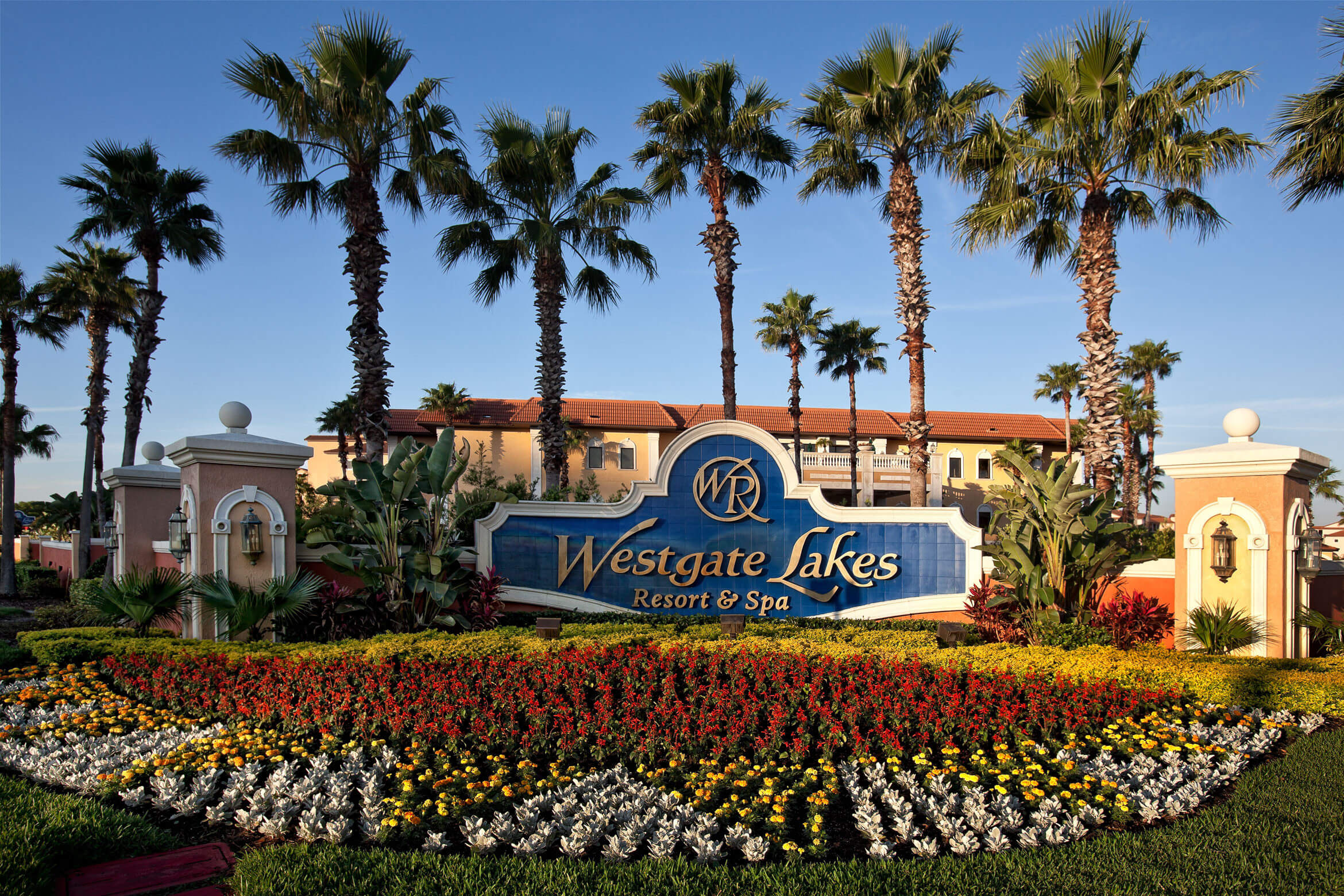 Entrance Sign and Flora | Westgate Lakes Resort & Spa | Orlando, FL | Westgate Resorts
