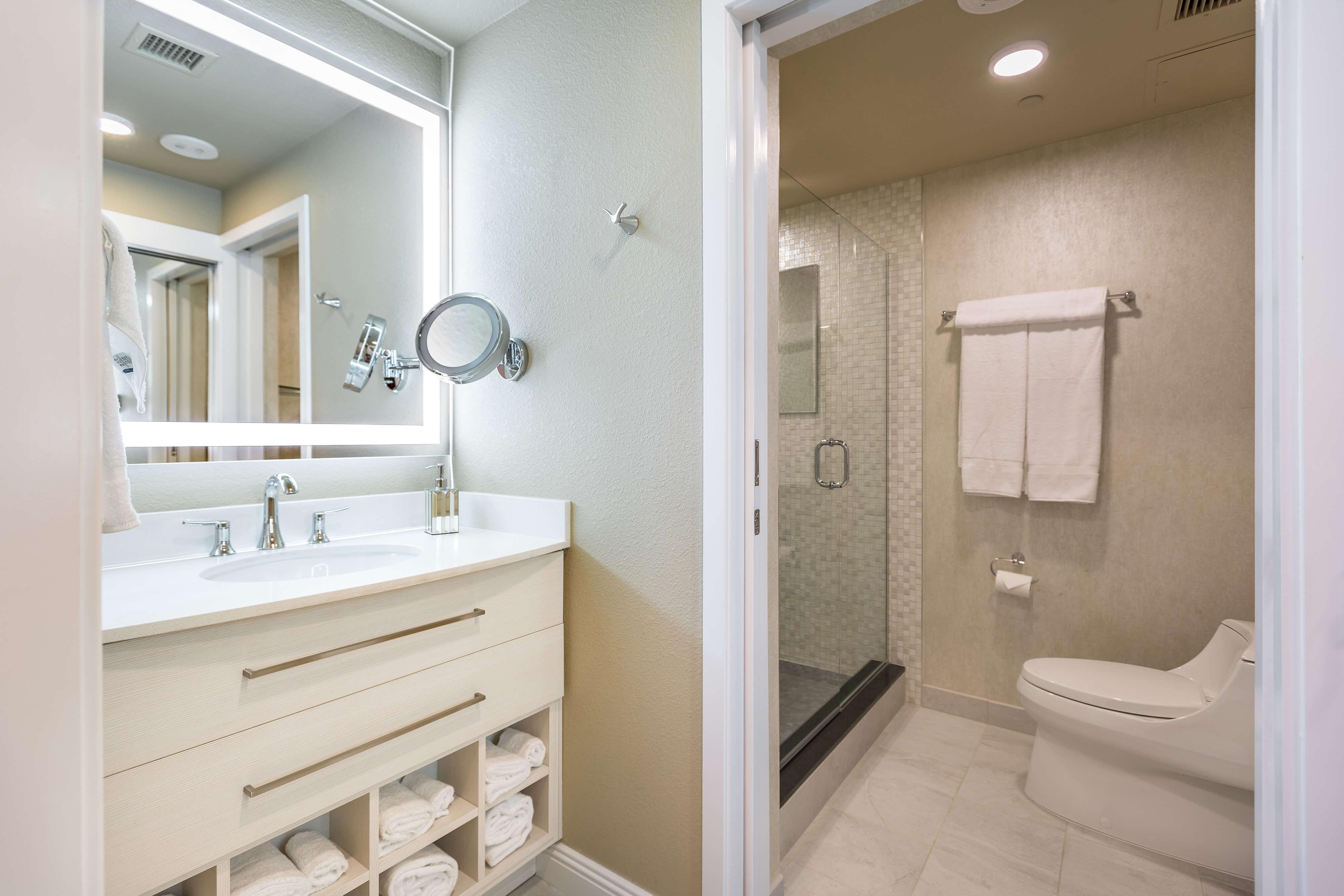 Studio Suite Bathroom - Westgate Las Vegas