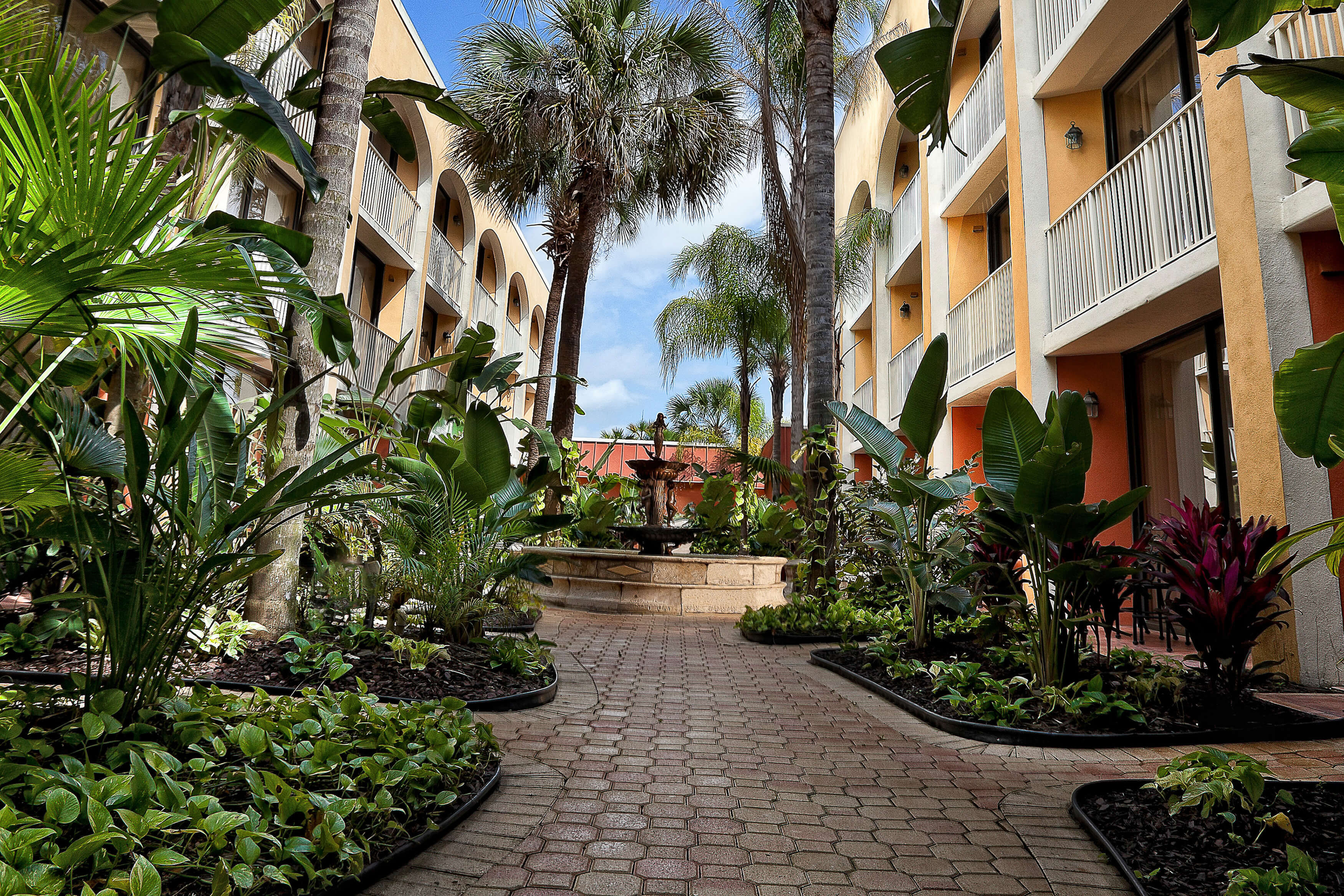 Exterior at our Orlando Resort | Westgate Towers Resort | Westgate Resorts