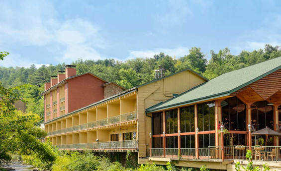 Smoky Mountain Getaways at River Terrace Resort & Convention Center | Westgate Resorts | Smoky Mountains Vacation Special