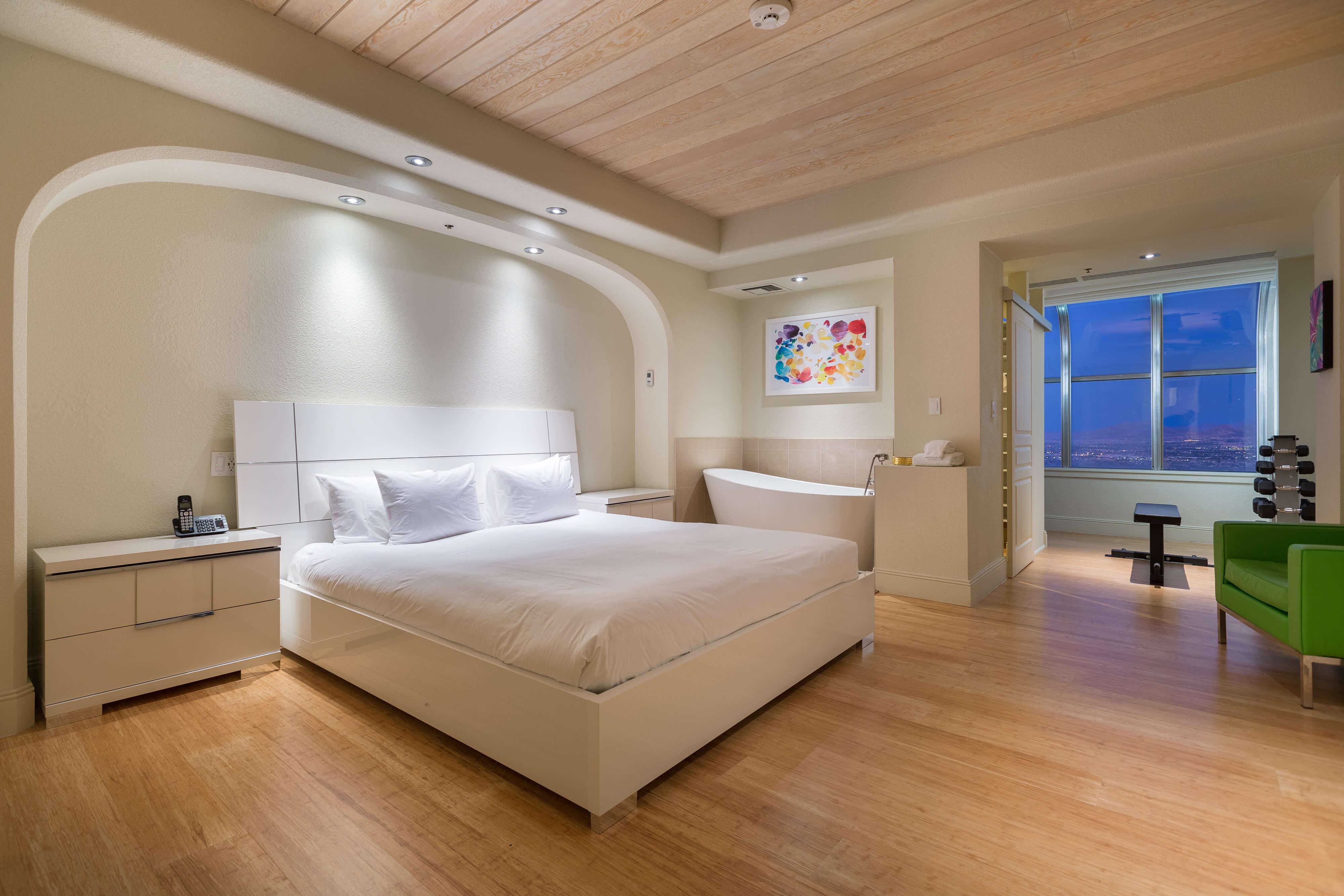 Best High Roller Suites In Las Vegas - Desert Suite